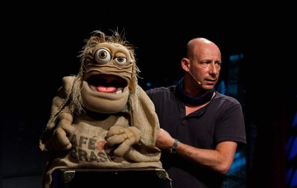 Puppet-Comedian – Benjamin Tomkins